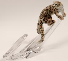 Lot 1035: Sculpture, Snow Leopard by D.J. Shinn (105735)