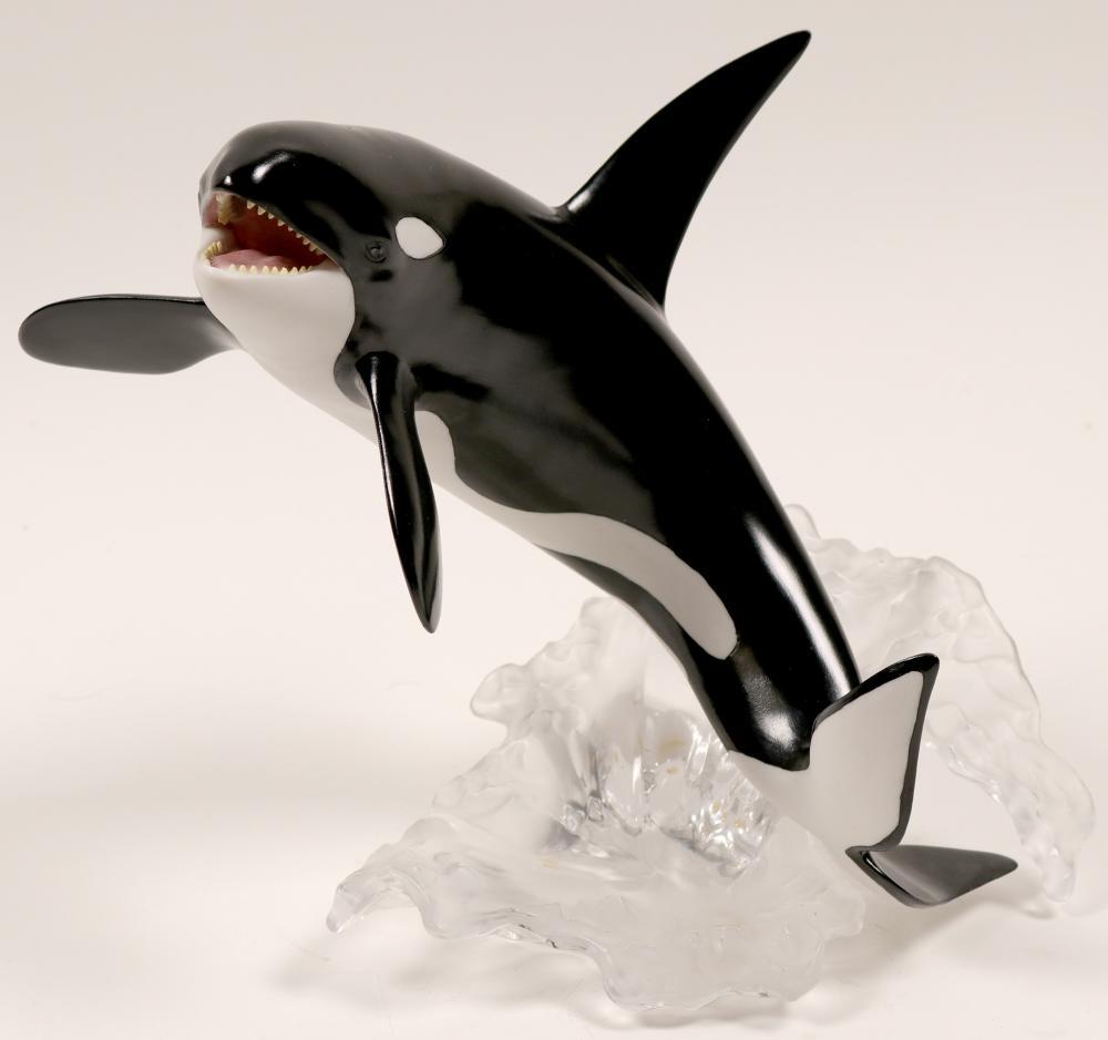 Sculpture, The Killer Whale   (105733)