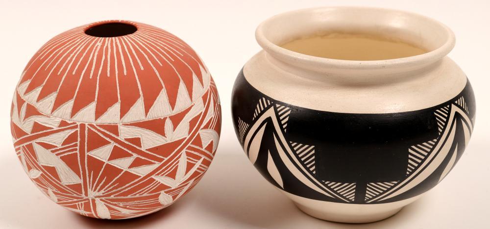 Acoma Signed Pots (2)   (105740)