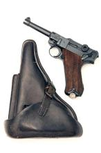 MAUSER, GERMANY A 9mm (PARA) SEMI-AUTOMATIC PISTOL MODEL 'P08 LUGER', serial no. 7641, WITH HOLSTER,