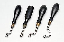 A COLLECTION OF VINTAGE NIPPLE KEYS,