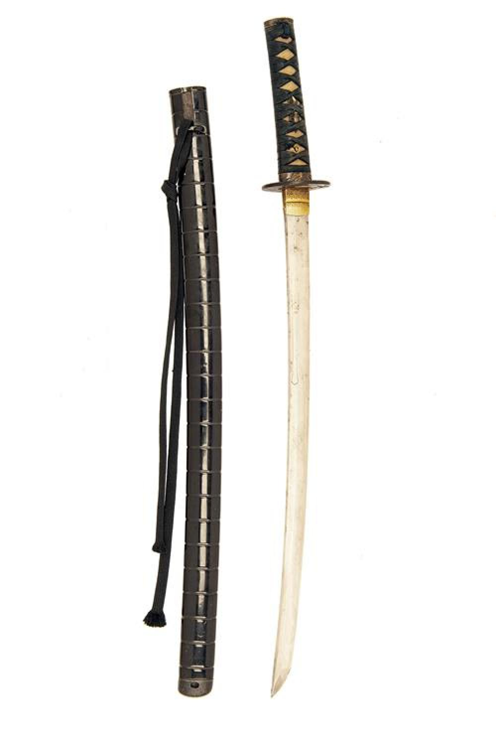 A JAPANESE WAKIZASHI WITH SIGNED BLADE,