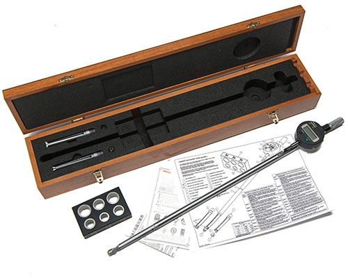AN CHUBB-TYPE BORE-MEASURING GAUGE WITH MITUTOYO DIGITAL MICROMETER,