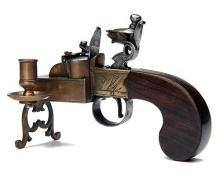 SIMMONS, LONDON A GOOD TABLE-TOP FLINTLOCK TINDER-LIGHTER,