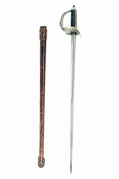 SANDERSON BROS & NEWBOULD LTD, SHEFFIELD A GOOD BRITISH INFANTRY OFFICER''S 1897 PATTERN SWORD,