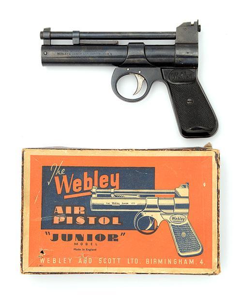 WEBLEY & SCOTT, BIRMINGHAM A BOXED .177 BARREL-COCKING AIR-PISTOL, MODEL ''JUNIOR'', batch no. 199,