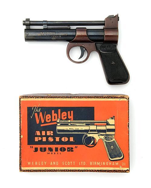 WEBLEY & SCOTT, BIRMINGHAM A BOXED .177 BARREL-COCKING AIR-PISTOL, MODEL ''JUNIOR'', batch no. 254,