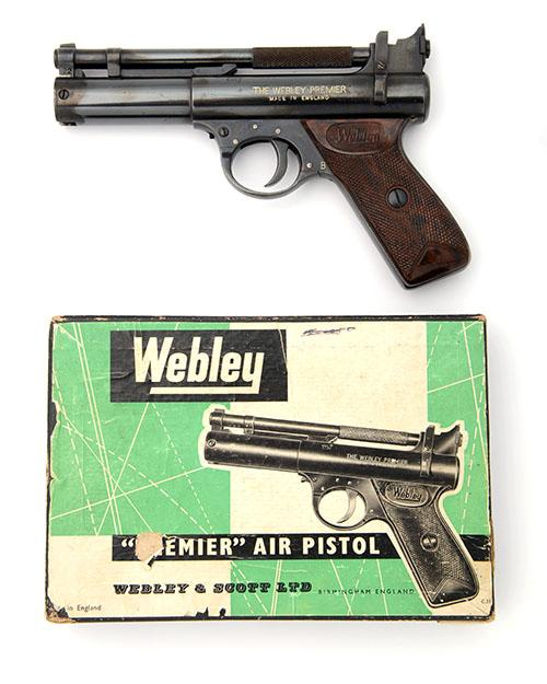 WEBLEY & SCOTT, BIRMINGHAM A BOXED .22 BARREL-COCKING AIR-PISTOL, MODEL ''PREMIER ''B'' SERIES'', batch no. 1494,
