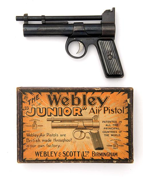 WEBLEY & SCOTT, BIRMINGHAM A BOXED .177 BARREL-COCKING AIR-PISTOL, MODEL ''JUNIOR'', serial no. J23796,