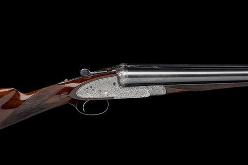 HOLLAND & HOLLAND A 12-BORE ''ROYAL'' SINGLE-TRIGGER SIDELOCK EJECTOR, serial no. 23380,