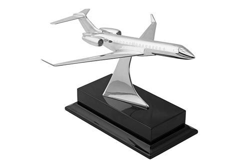 ANTHONY HOLT & SON A STERLING SILVER CENTREPIECE OF A BOMBARDIER GLOBAL EXPRESS XRS LEAR-JET BY ANTHONY HOLT,