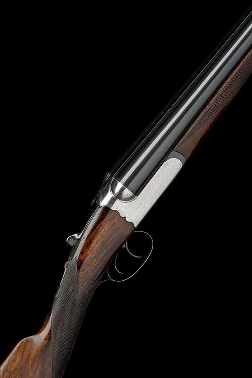 WESTLEY RICHARDS A 12-BORE 1897 PATENT ''GOLD NAME'' DETACHABLE-LOCK EJECTOR, serial no. 8515,