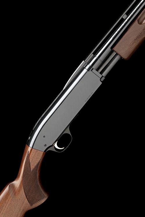 † BROWNING ARMS COMPANY A NEW AND UNUSED 16-BORE ''BPS FIELD MODEL'' PUMP-ACTION SHOTGUN, serial no. 20497ZX121,