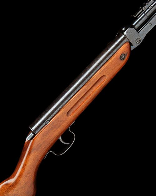 HAENEL, GERMANY A  177 UNDER-LEVER AIR-RIFLE, MODEL 'V JUNIO