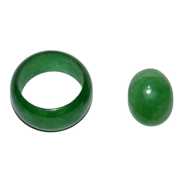 Jadeite Ring, Oval Jadeite Cabochon 翡翠玉指环、环面