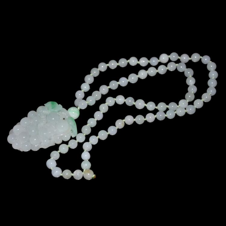Jadeite Icy Bead Necklace with Carved Grape Bunch Pendant 翡翠透玻璃种葡萄挂饰