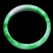 A Superb Jadeite Bangle 翡翠玉镯
