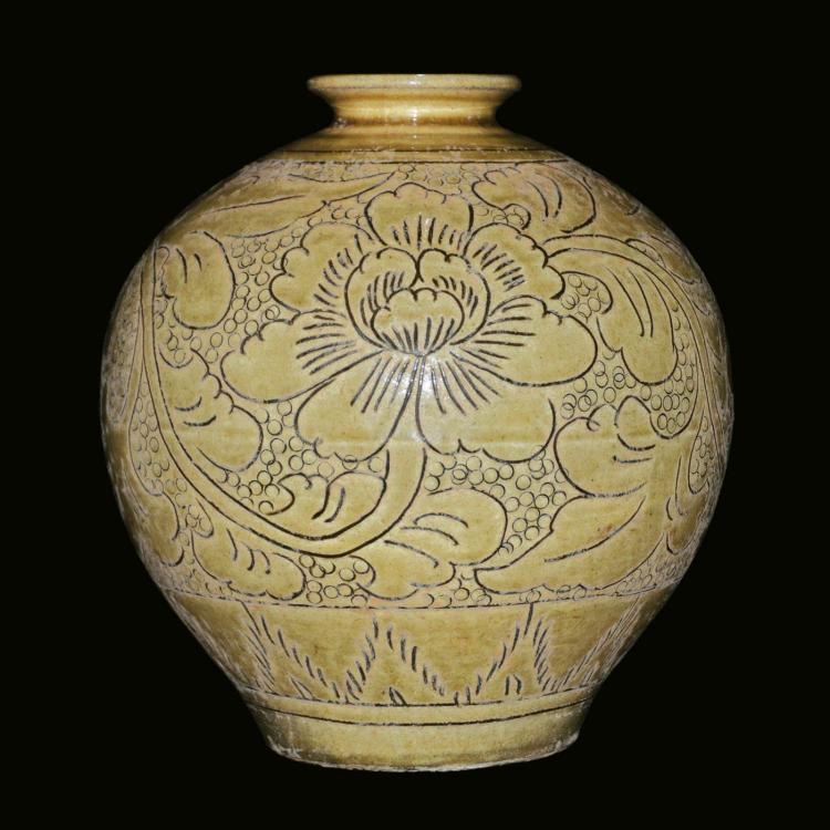北宋 登封窑黄釉珍珠地刻花牡丹纹撇口圆瓶 Northern Song,  A Rare Dengfeng Peony Jar