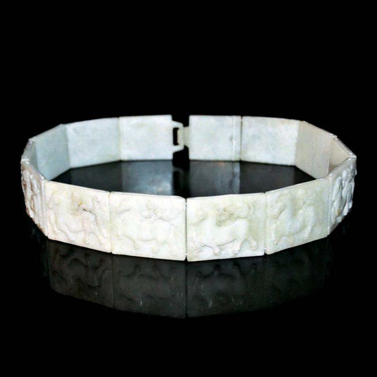 唐 马上封侯玉腰带 Tang, Jade Belt with Cord-Tied Plaques of Relief Carved Monkey on Horse Back
