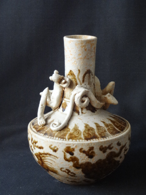 Song Dynasty Cizhou Yao  Soy Glaze Phoenix Vase with 3-Dimensional Dragon