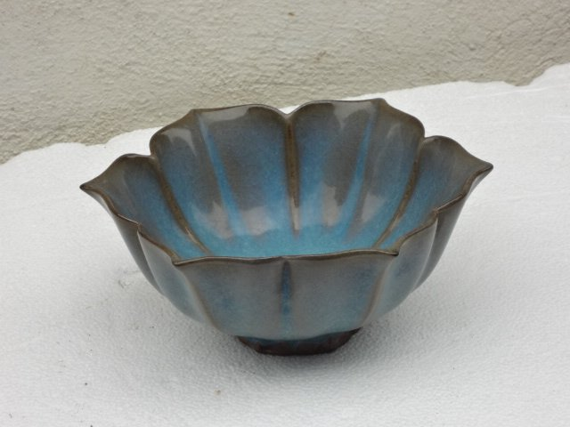 Rare Yuan Dynasty (13th Century) Jun Yao Lotus Bowl