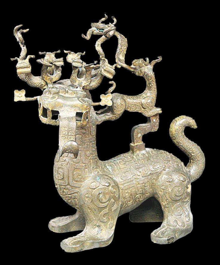 Treasure of Spring & Autumn Period: Rare  Bronze Mythical Animal