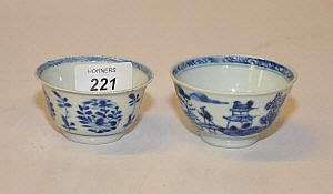 TWO CHINESE BLUE AND WHITE TEA BOWLS BOTH PROBABLY