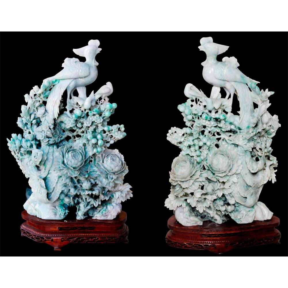 PAIR OF CHINESE CARVED JADE PHEASANT BIRDS, WOODEN STANDS