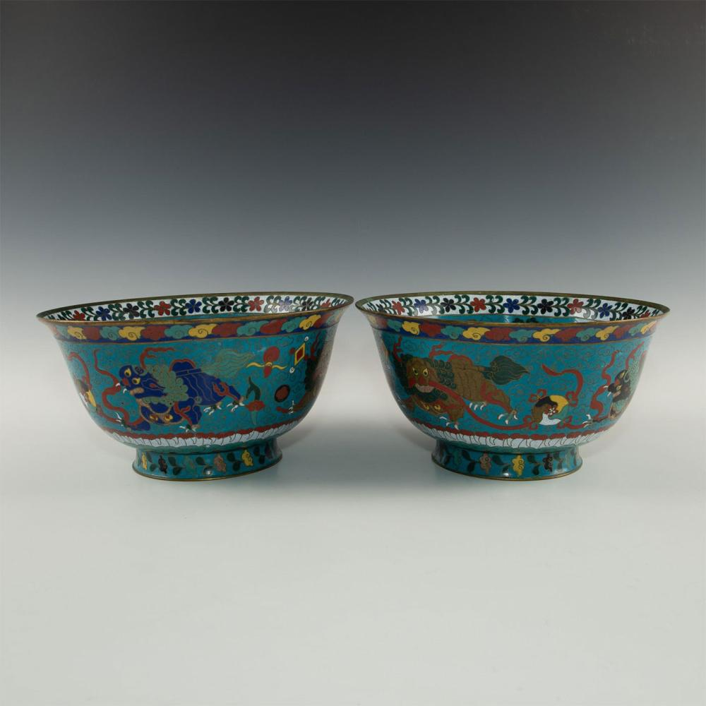 PAIR OF LARGE CHINESE CLOISONNE BOWL, FU DOGS AND DRAGONS WITH FLORA