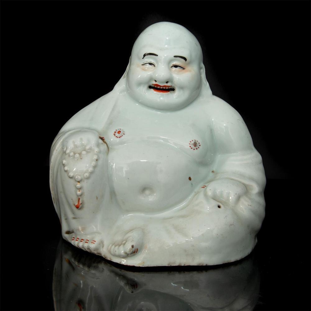 CHINESE SEATED SMILING PORCELAIN BUDDHA