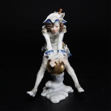 Hutschenreuther Porcelain Figurine Munchausen