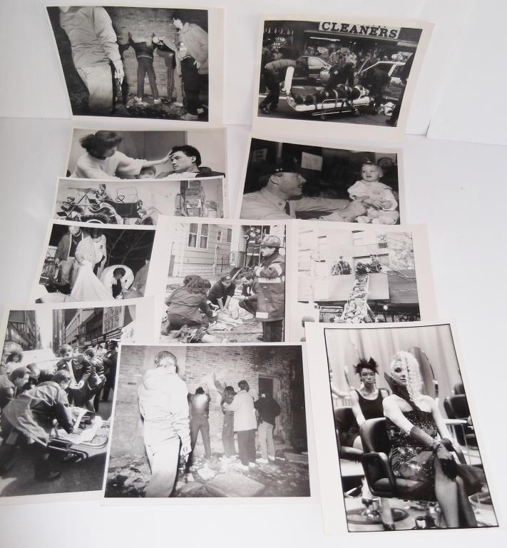 11 black & white news photos