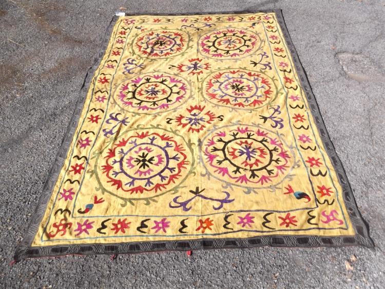 Vintage Suzani Central Asia Embroidery quilt/blank