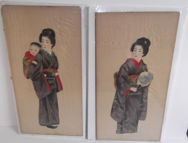 2 vintage Japanese paintings on silk