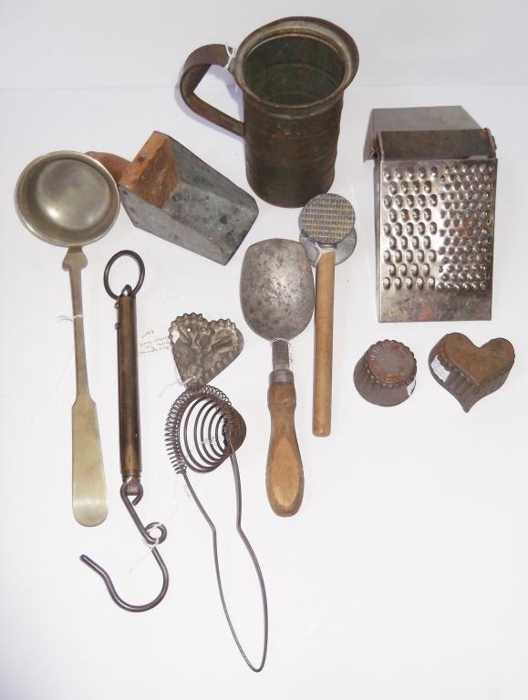 1 piece antique vintage kitchenalia items