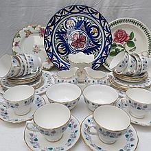 A Ridgeway ''Royal Vale'' part tea service for
