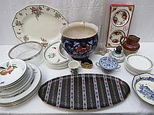 Five Royal Worcester Evesham pattern 26cm dinner
