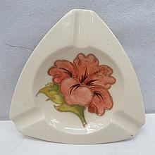 A Moorcroft smokers receptacle with Hibiscus