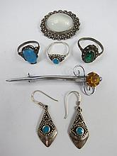 A collection of white metal jewellery to include