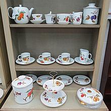 A large quantity of Royal Worcester 'Evesham'