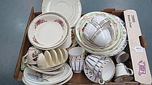 A quantity of vintage table crockery including