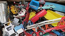 A mixed quantity of die cast toys including