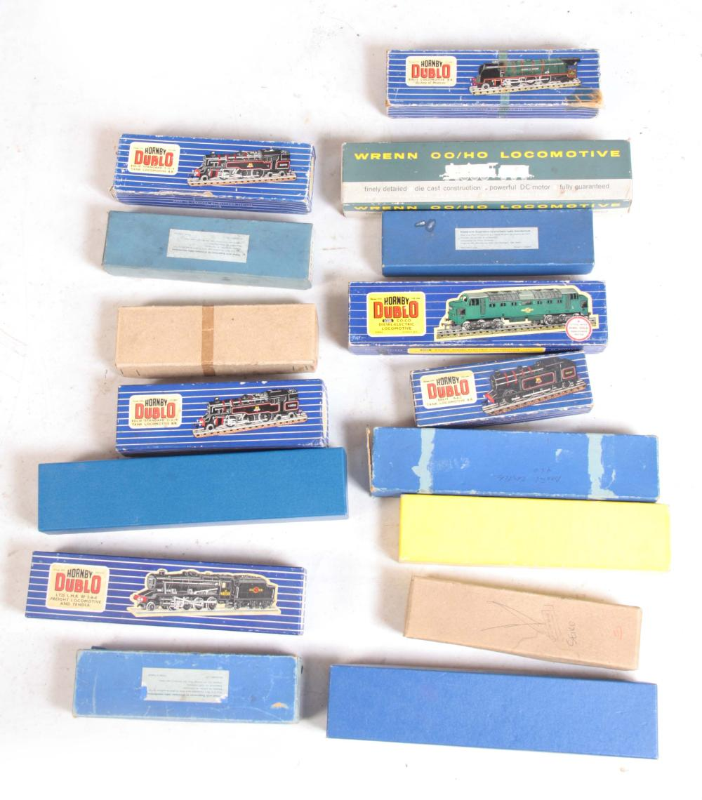 A COLLECTION OF FIFTEEN HORNBY BOXED DUBLO LOCOMOT
