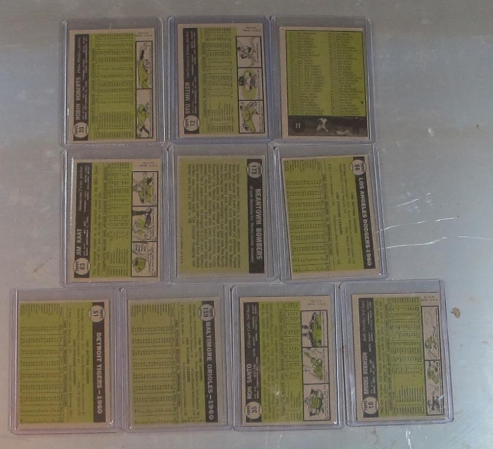 Lot 51: 10 1961 TOPPS BASEBALL CARD EX LOT B ROBINSON SANTO RC CHECKLIST TEAM CARDS +