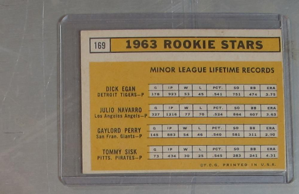 Lot 61: 1963 TOPPS BASEBALL CARD 169 GAYLORD PERRY RC HOF SAN FRANCISCO GIANTS EX EX+