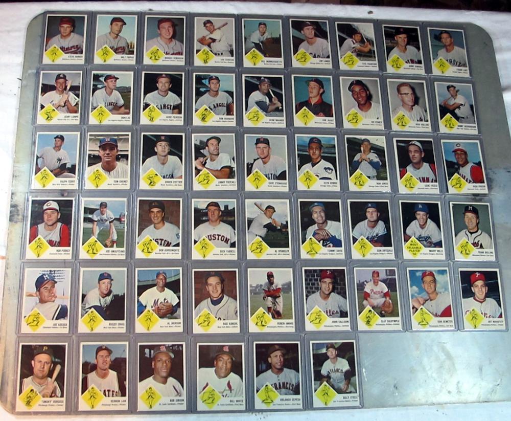 51 DIFF 1963 FLEER BASEBALL CARD LOT HOF GIBSON B ROBINSON DRYSDALE SP + EXMT NRMT