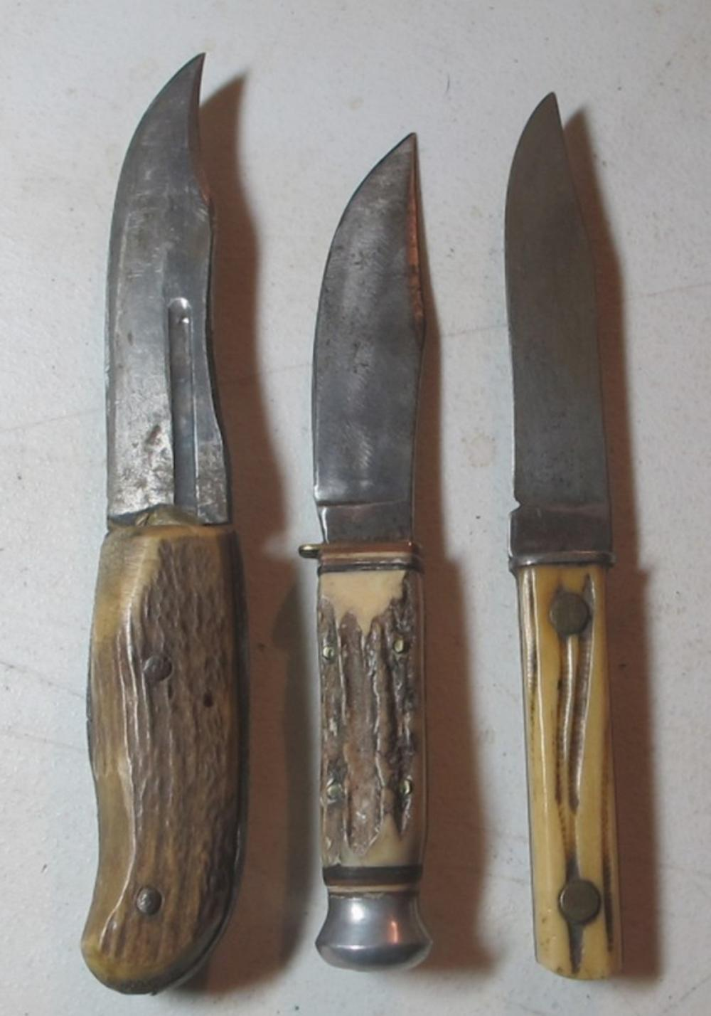3 DIFF OLD BONE STAG HANDLE HUNTING KNIFE INC UNUSUAL FOLDING