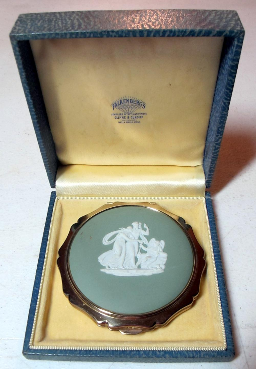 VINTAGE STRATTON ENGLAND WEDGWOOD 3 GRACES GREEN POTTERY MAKEUP COMPACT
