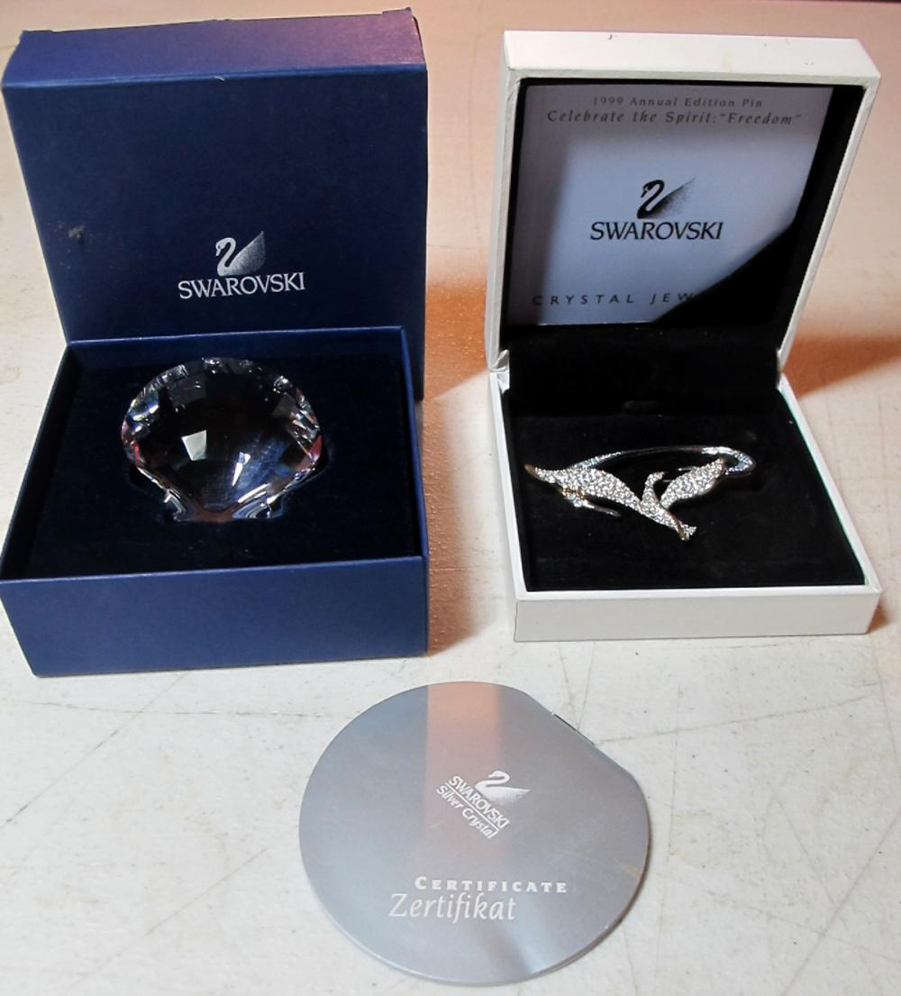 SWAROVSKI CRYSTAL 2 PC LOT CELEBRATE THE SPIRIT FREEDOM PIN + SCALLOP BOXES