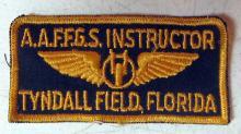 Lot 98: WWII AAF FGS INSTRUCTOR UNIFORM PATCH TYNDALL FIELD FLORIDA FLEXIBLE GUNNERY SCHOOL
